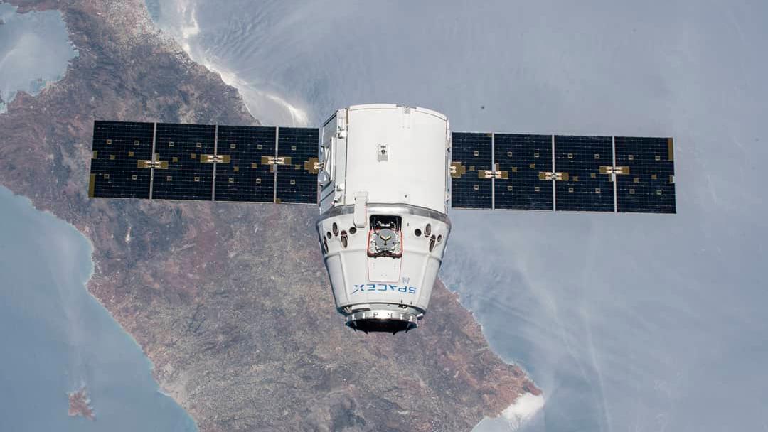 ISS on Live: 高清视图地球直播 游戏截图4