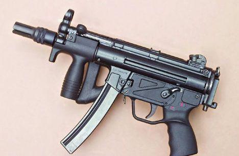 荒野行动枪械霰弹枪一般外型和大小与步枪相似
