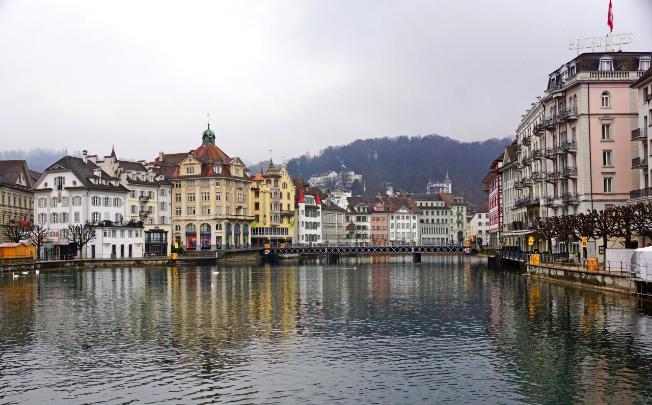 Switzerland Tile Puzzle 游戏截图4