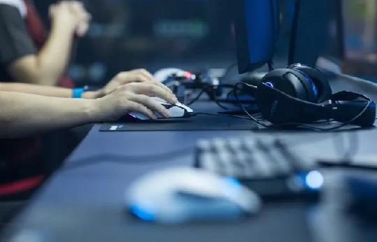 屁股都没离开座位,电子竞技算哪门子运动?——写在英雄联盟总决赛前 图片7