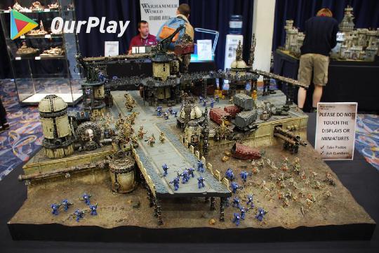 战锤40K:千年文化碰撞下的硬核机甲游戏,比《战争机器人》还经典 图片3