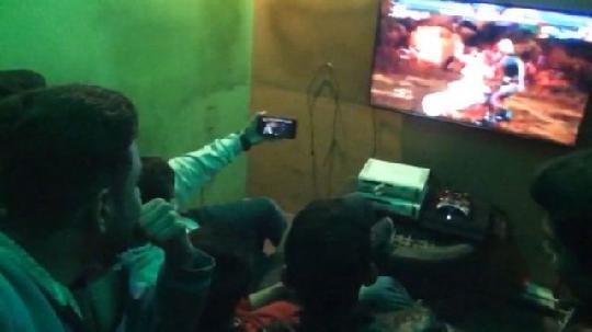 巴基斯坦老铁勇夺《铁拳》世界冠军,背后居然也有中国的功劳 图片10