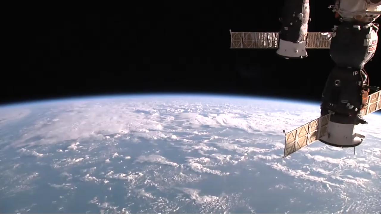 国际空间站高清实况(ISS HD Live):像宇航员那样从国际空间站看地球